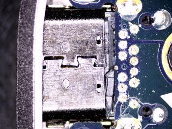 UX390U USB-C